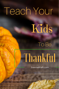 Teach Thankfulness with A Thanksgiving Tablecloth – 30 Days of Fall Devotions